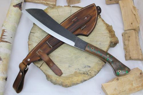 Parang Maczeta Garbaty Knives w drewnie stabilizowanym + system do Molle